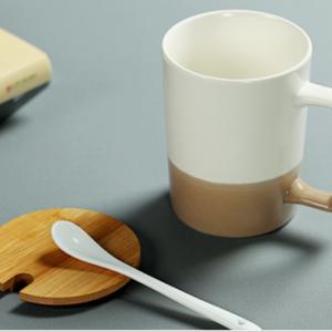 Bộ ly sứ 500ml (kèm nắp gỗ, thìa sứ)