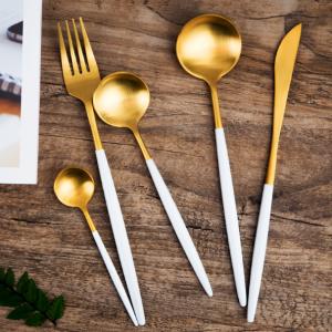 Bộ 5 sp dao nĩa inox vàng cán trắng