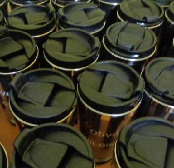 Sản xuất ly giữ nhiệt